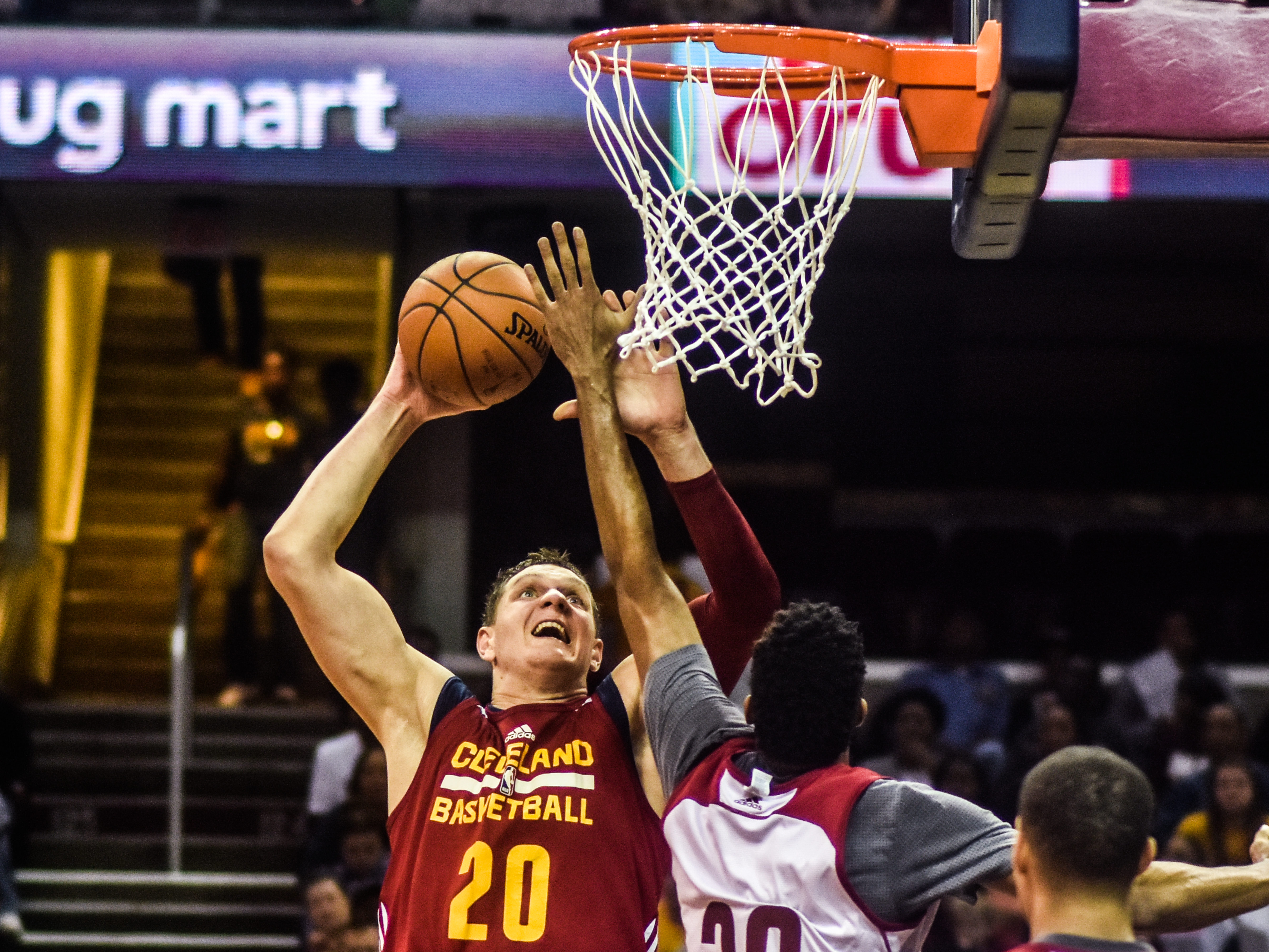 Timofey Mozgov - Cleveland Cavaliers - Eric Drost - Flickr